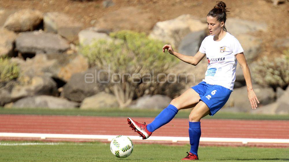 Eva Llamas, un año más con la UDG Tenerife