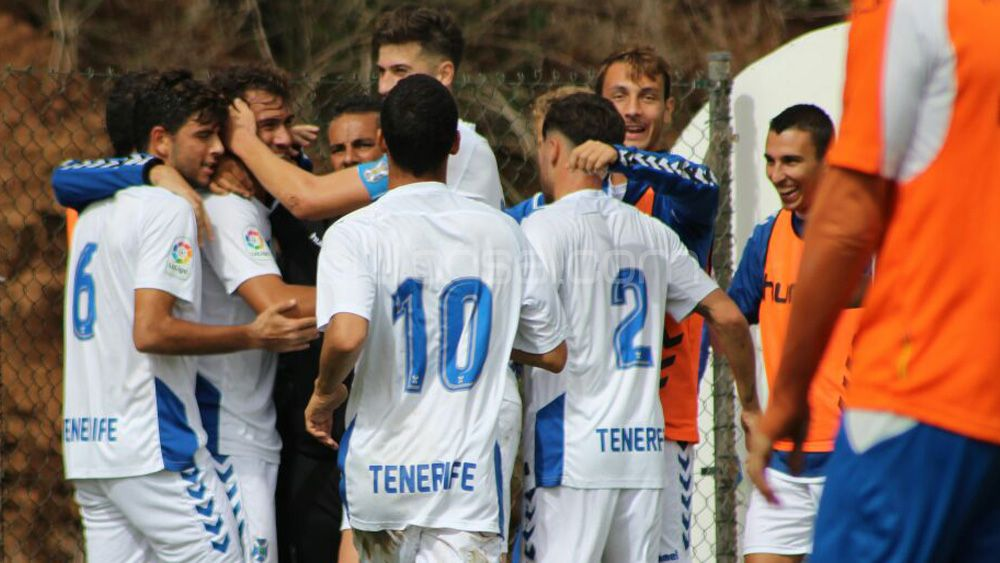 El CD Tenerife B, a mantener su racha imperial en Santa Brígida