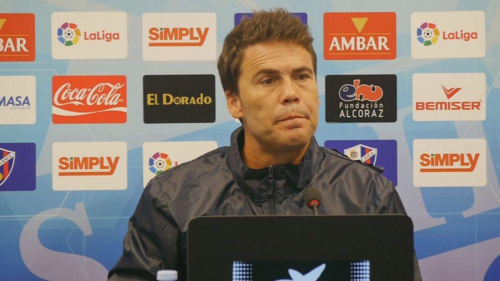 """Rubi: """"El CD Tenerife no tarda en buscar la portería contraria, es un gran rival"""""""