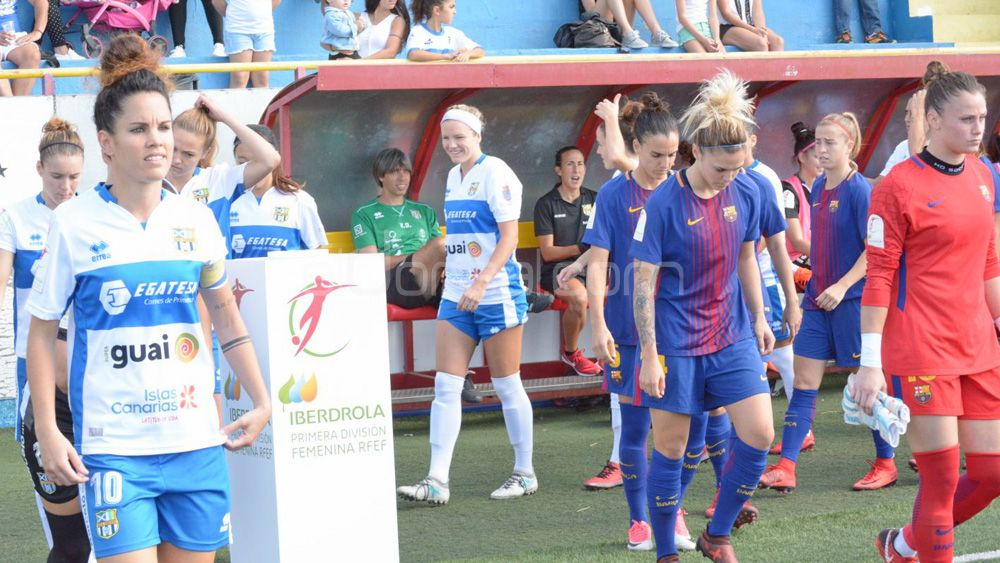 El histórico y meritorio triunfo de la UDG Tenerife ante el FC Barcelona, en imágenes