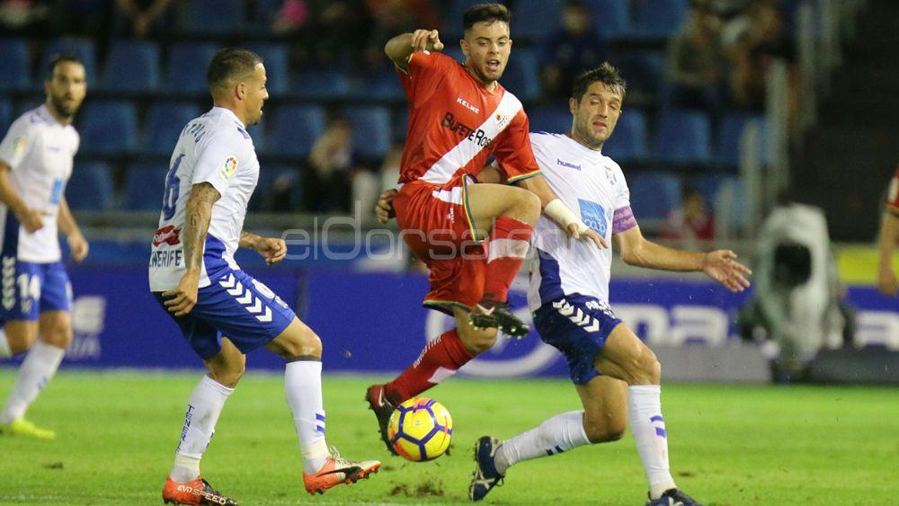 El uno por uno de los jugadores del CD Tenerife contra el Rayo Vallecano