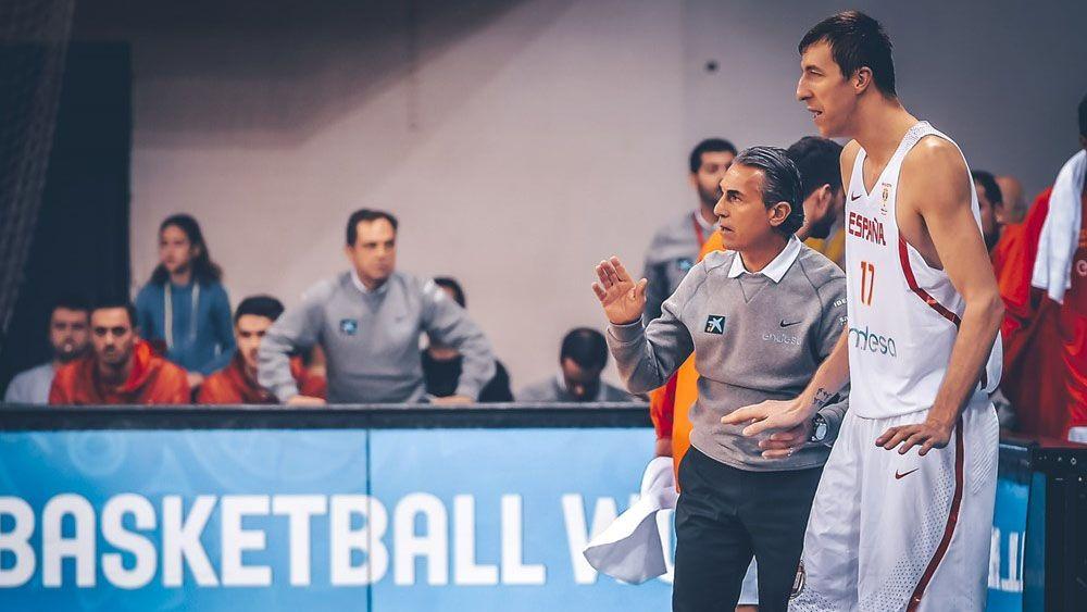 Fran Vázquez, capitán, titular y máximo anotador en el Montenegro – España