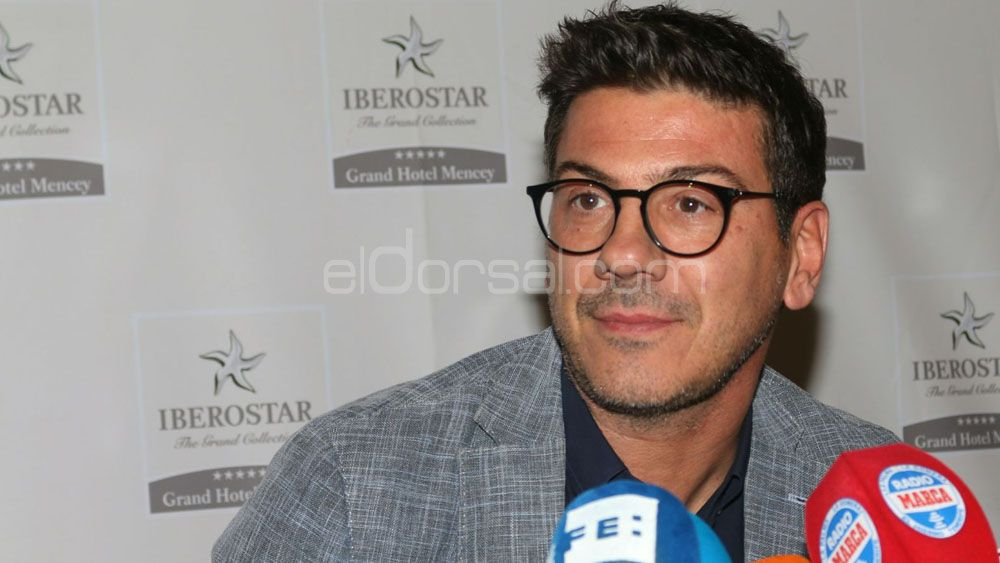 Katsikaris pide fichar tiro exterior en su presentación con Iberostar Tenerife