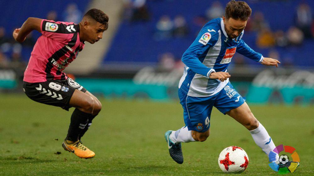 Bryan Acosta, el mejor jugador del CD Tenerife en Cornellá-El Prat