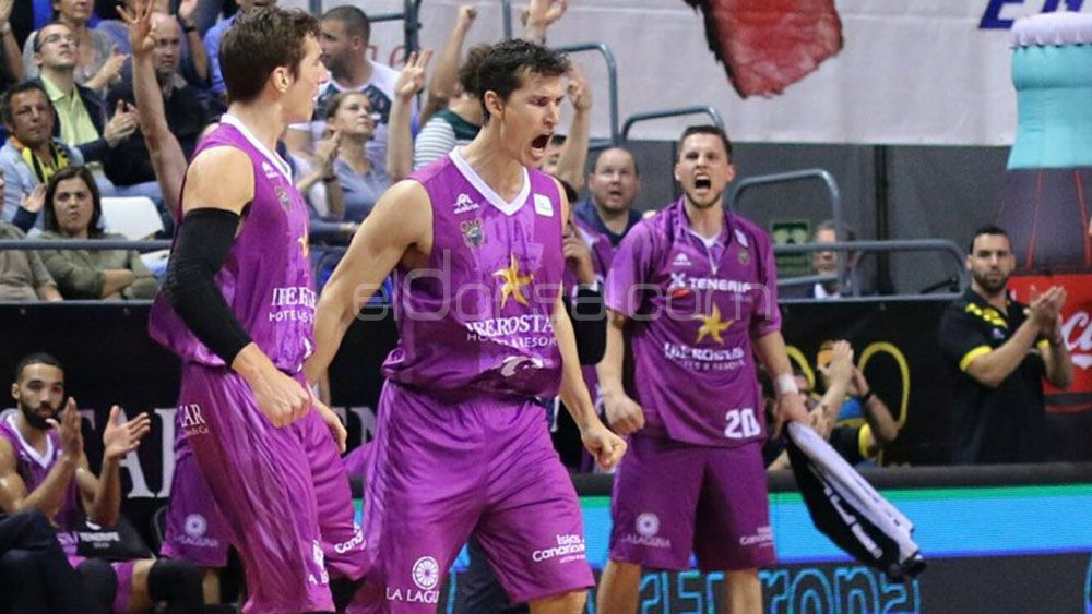 Iberostar Tenerife vuelve a la senda de la victoria en el debut de Katsikaris