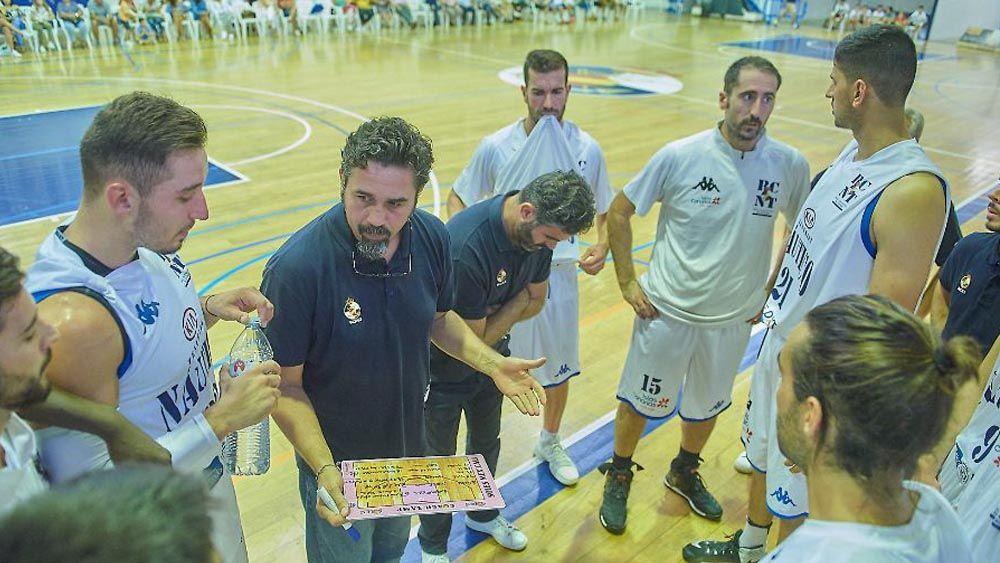 El RC Náutico Tenerife cae con honor en Almansa