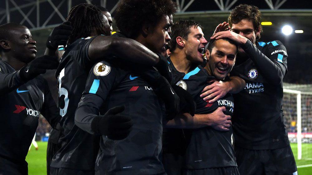 Pedro anota un golazo para cerrar la victoria del Chelsea ante el Huddersfield