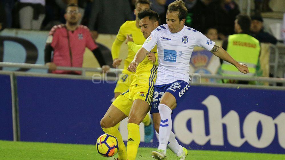 El CD Tenerife influirá en el destino del Cádiz de Cervera
