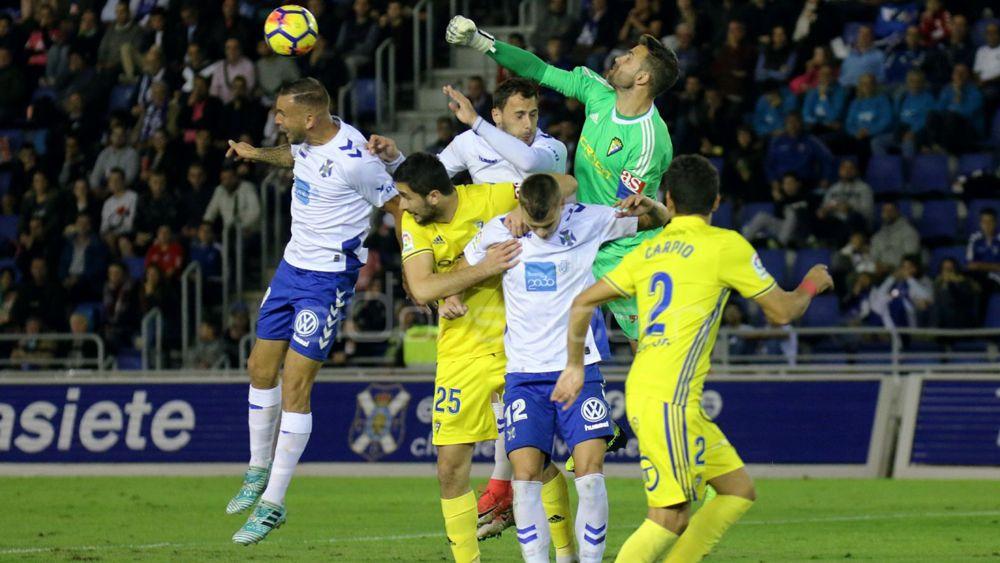 El último partido del año del CD Tenerife, en imágenes