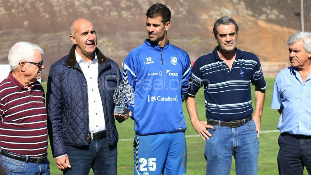 Dani Hernández, premiado por la Asociación de Antiguos Jugadores del CD Tenerife