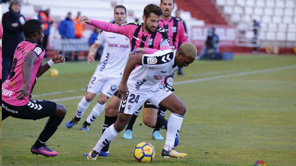 Aitor Sanz, segundo jugador que más balones recuperó en la primera vuelta