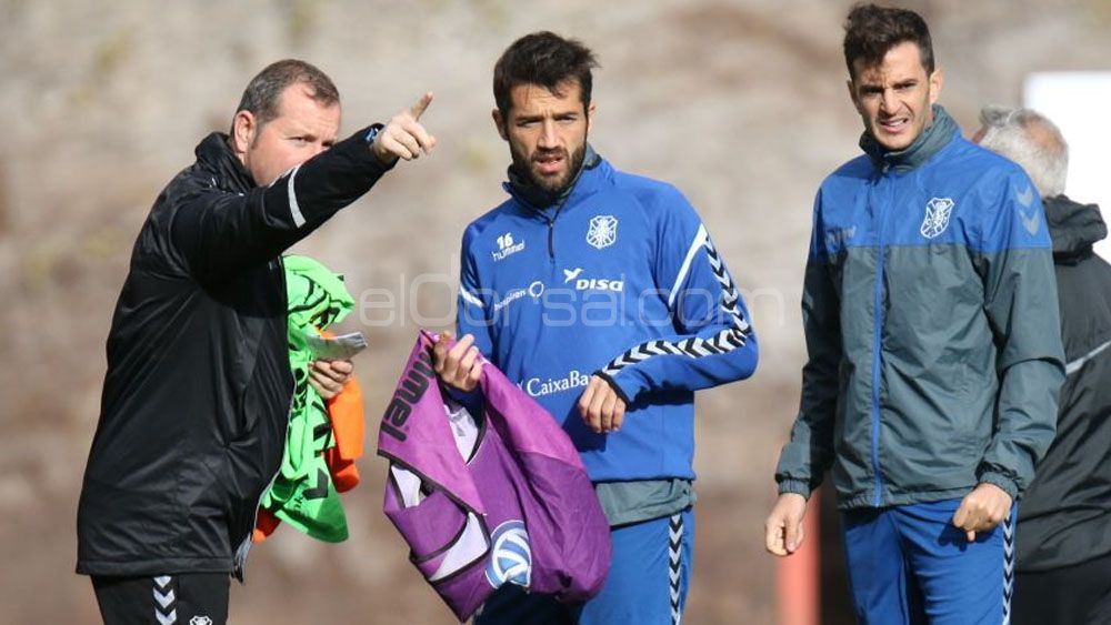 Aitor Sanz, Aveldaño, Juan Carlos y Villar, cerca de llegar al CD Tenerife – FC Barcelona B