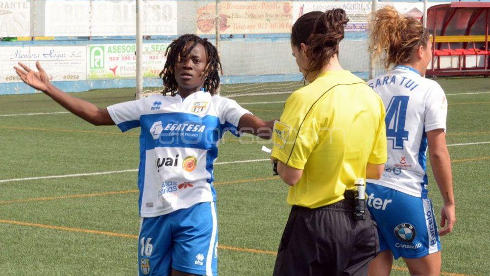 La UDG Tenerife recibe a la Real Sociedad con la tercera plaza como objetivo