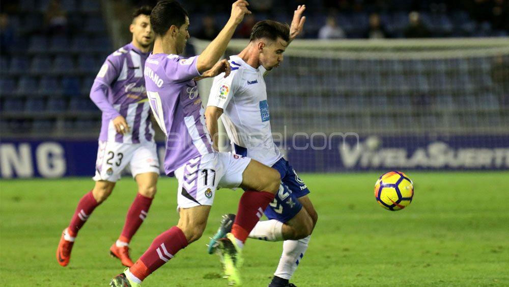 Luis Pérez, elegido mejor jugador del CD Tenerife ante el Real Valladolid