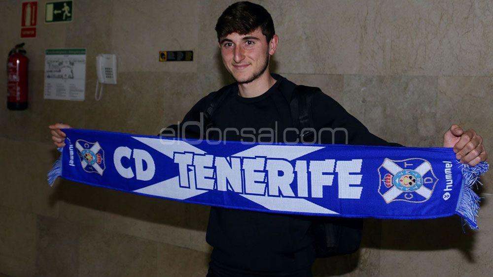 La afición del CD Tenerife quiere a Mula como titular ante el Córdoba CF