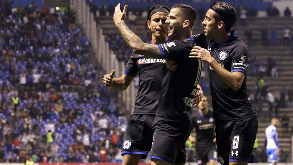 El primer gol de Édgar Méndez con Cruz Azul en 2018
