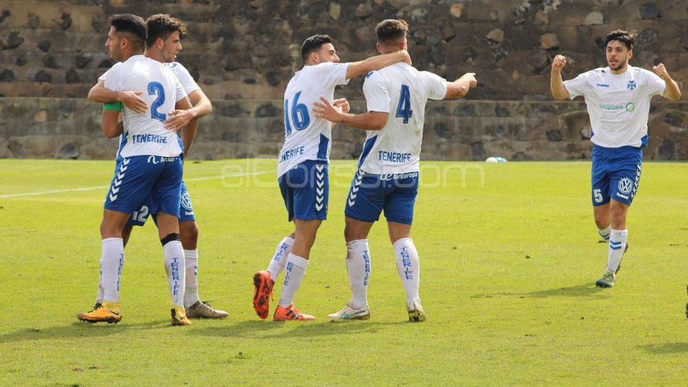 El CD Tenerife B remonta para seguir en lo más alto de la Tercera Canaria