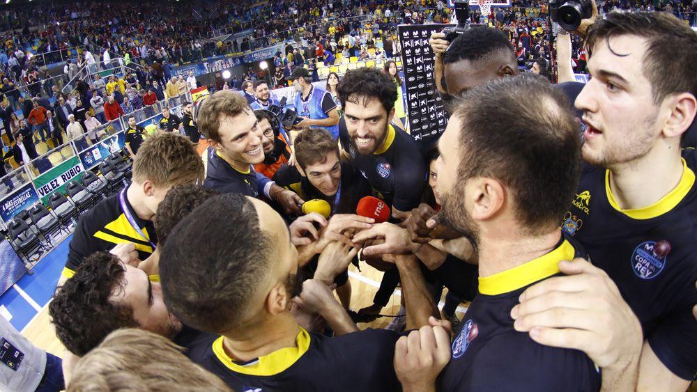 Un triunfo de carácter e histórico para el Iberostar Tenerife ante Valencia Basket