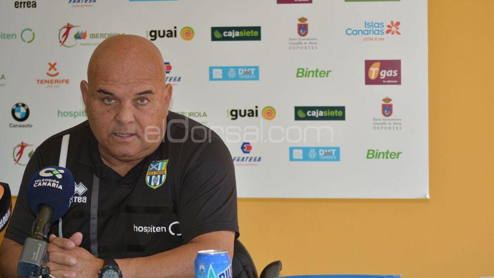 """Ayala: """"La UDG Tenerife ha logrado el objetivo, y ahora queremos quedar lo más arriba posible"""""""