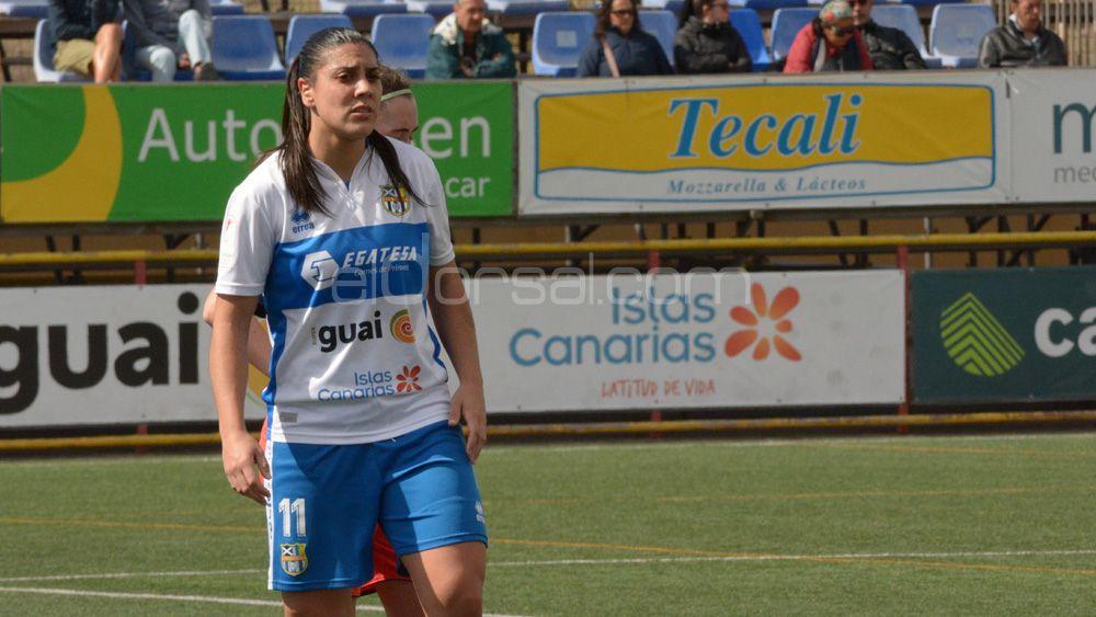 Martín-Prieto logra un nuevo doblete con la UDG Tenerife y sueña con la tercera plaza