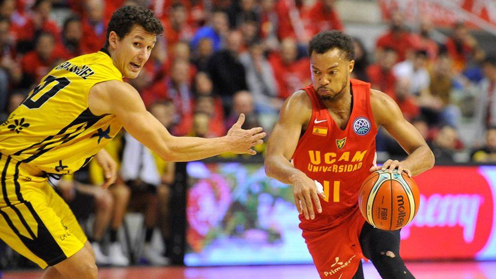 Batalla entre Iberostar Tenerife y UCAM Murcia por un puesto en cuartos