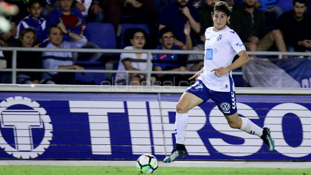 Los seguidores del CD Tenerife quieren a Bryan y Mula ante el Sporting de Gijón