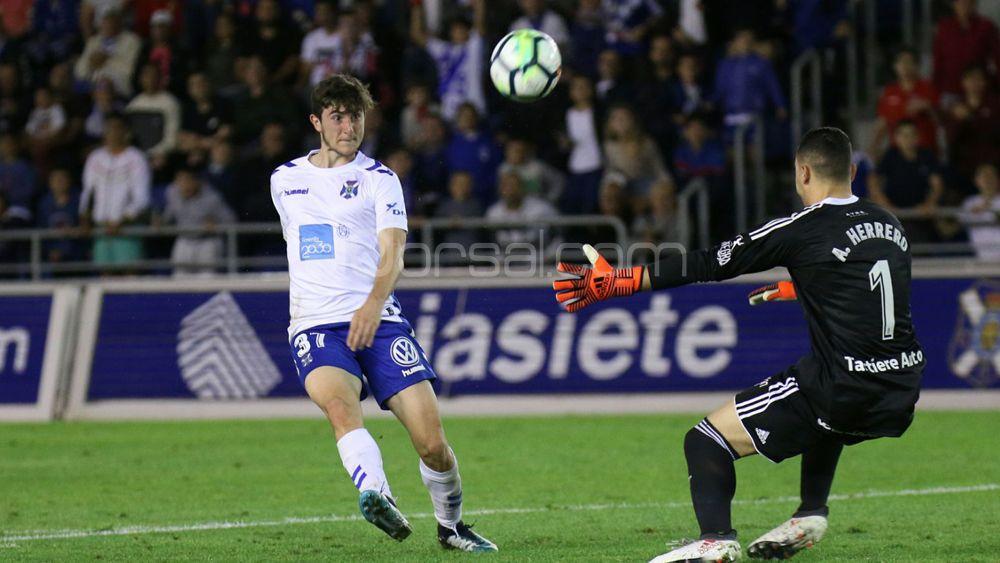 Último partido de liga, un día de despedidas en el CD Tenerife