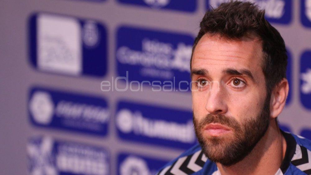 """Carlos Ruiz: """"Carlos Abad entrena con el CD Tenerife como siempre, sin distracciones"""""""