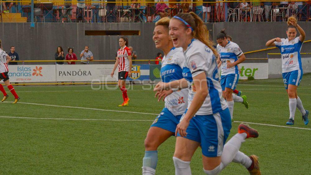 La lateral de la UDG Tenerife María Estella, elegida mejor jugadora de la jornada