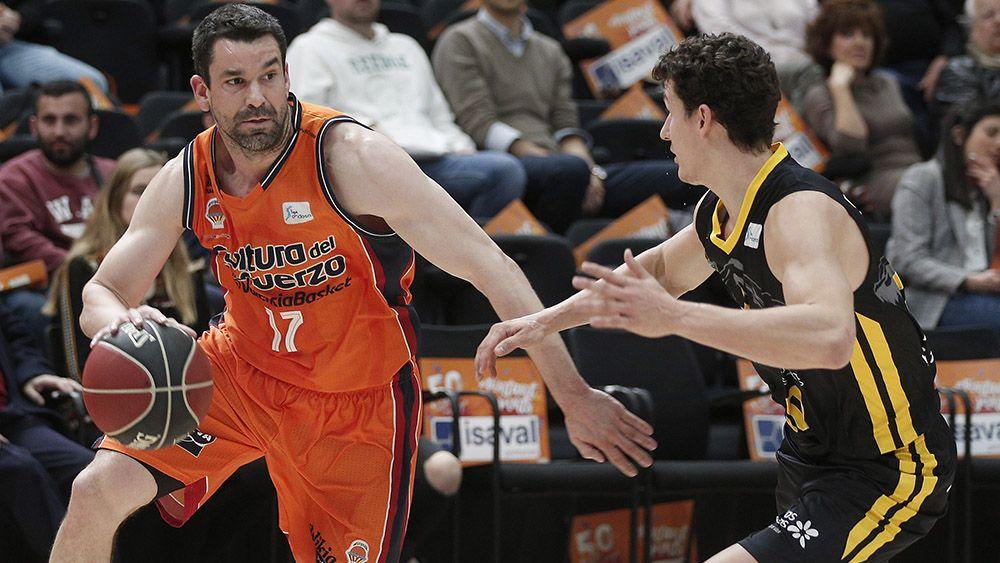 Iberostar Tenerife cae con justicia en La Fonteta ante Valencia Basket