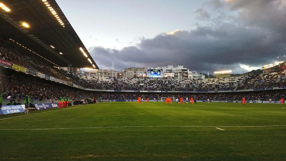 El CD Tenerife podría no volver a jugar en el Heliodoro hasta septiembre
