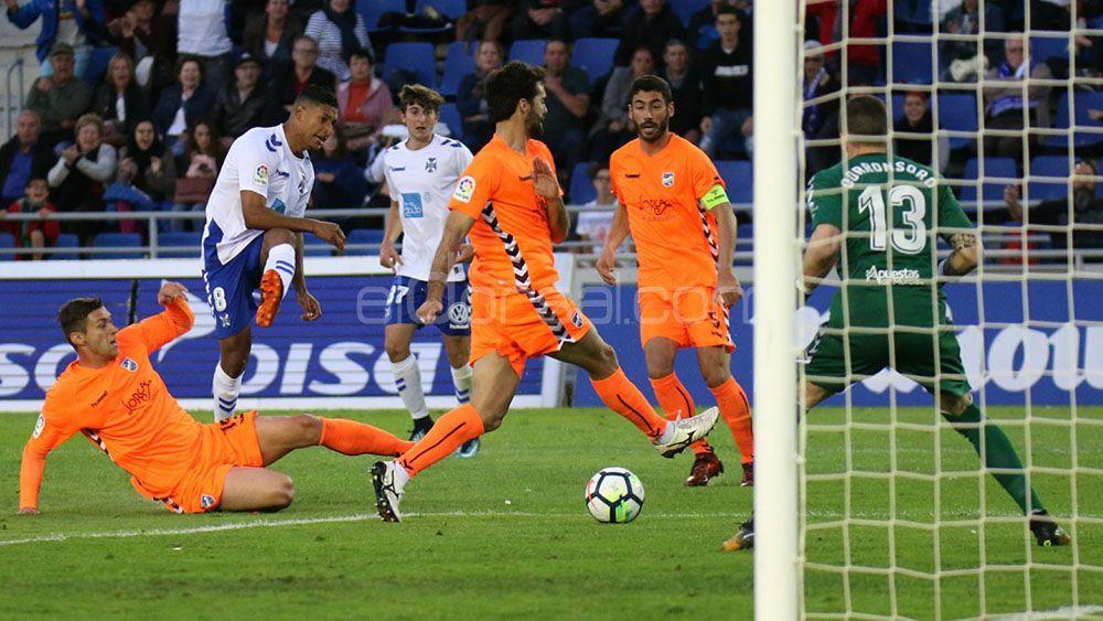 Los goles del CD Tenerife para doblegar al Lorca en el Heliodoro