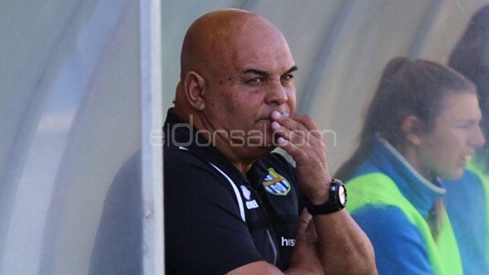 """Ayala: """"Estoy encantado en la UDG Tenerife, podemos acabar en tercera o cuarta posición"""""""