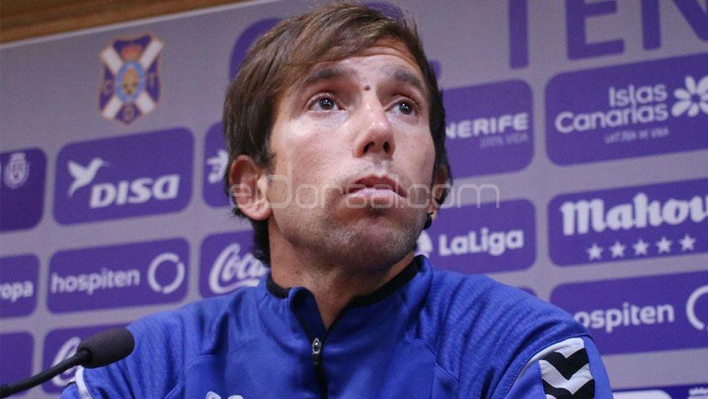 """Raúl Cámara: """"Estoy feliz por haber alcanzado el objetivo y haber renovado con el CD Tenerife"""""""