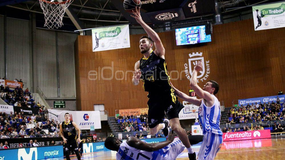 Gipuzkoa Basket sorprende en el Santiago Martín a un errático Iberostar Tenerife