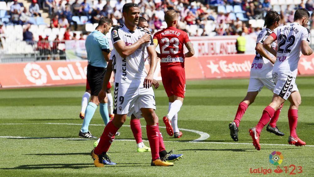 Aridane y Nano, dos ex del CD Tenerife protagonistas en la jornada de Segunda