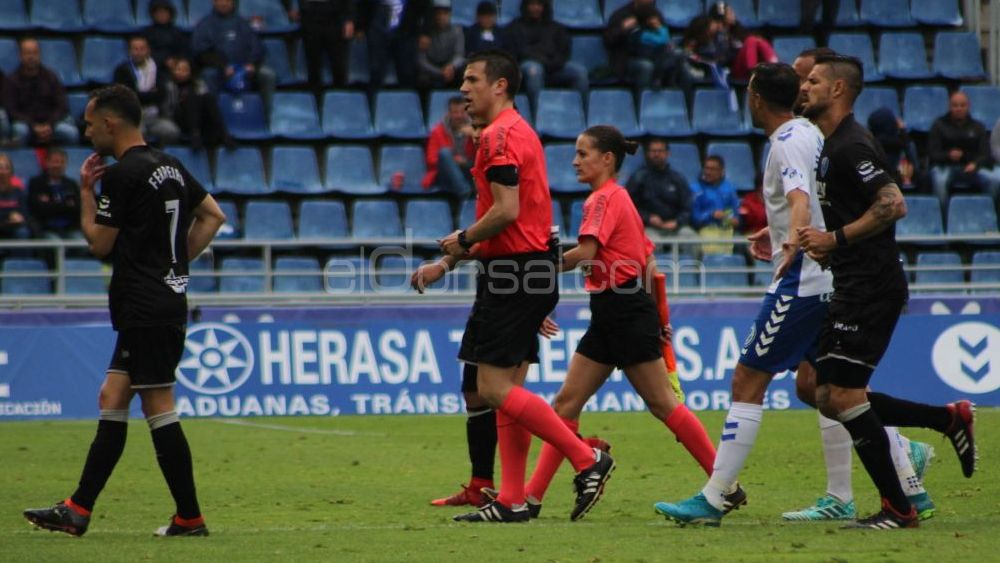 El CD Tenerife se volverá a cruzar con Díaz de Mera, en Almería