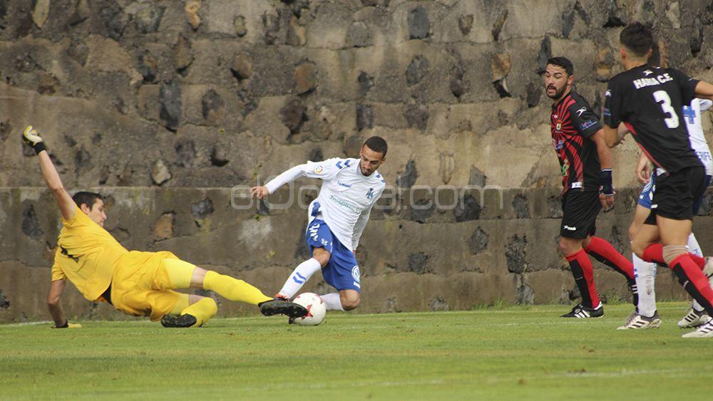 Goleada del CD Tenerife B con tres tantos de Giovanni