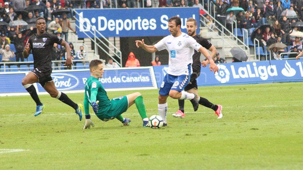 Casadesús toma el relevo goleador en el CD Tenerife