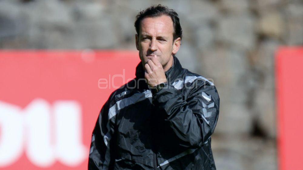 La afición elige el once del CD Tenerife ante el Nástic