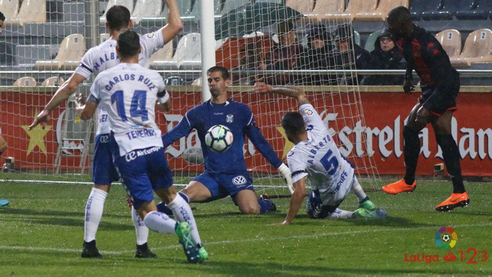 Dani Hernández, elegido mejor jugador del CD Tenerife en Reus