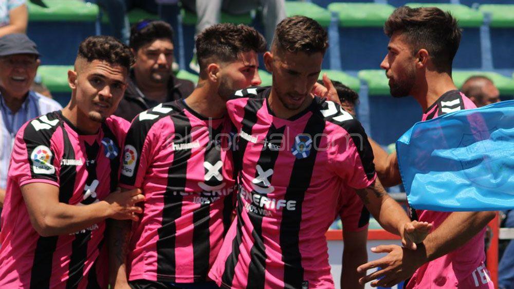 El Tenerife B se proclama campeón del grupo canario de Tercera con doblete de Brian Martín