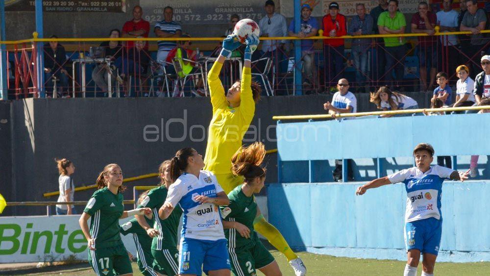 Balance positivo de la UDG Tenerife ante el Real Betis