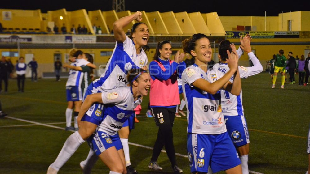 La UDG Tenerife gana en el descuento al Betis y consigue un sufrido pase a semifinales