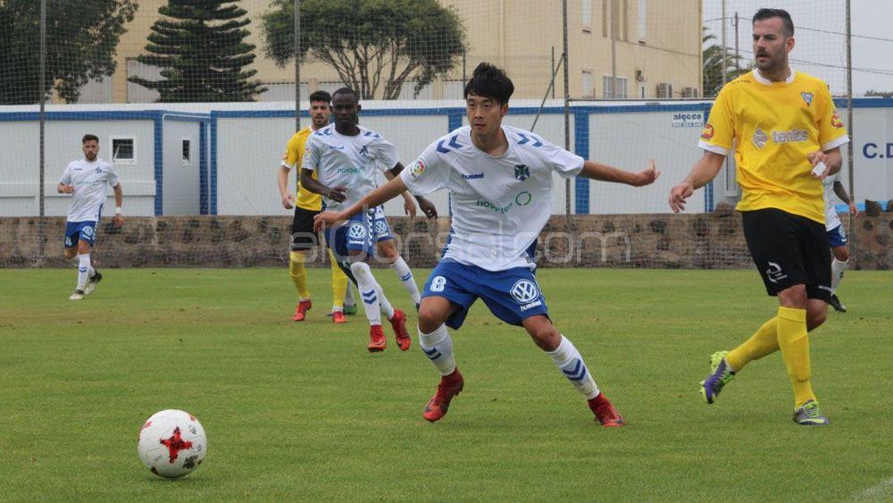 El filial del CD Tenerife vuelve a caer ante la SD Ejea y se queda sin ascenso