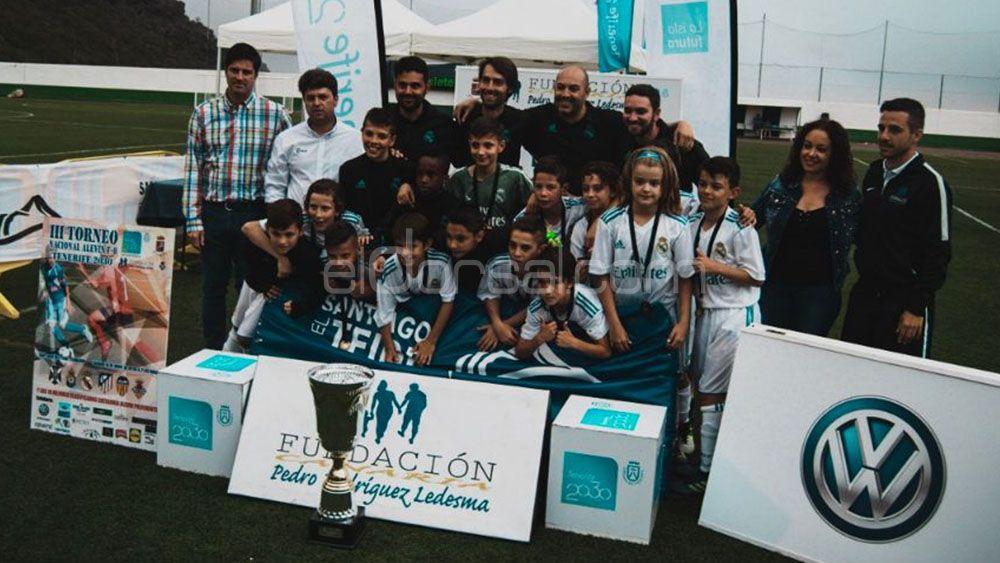 El Real Madrid gana el III Torneo Nacional alevín de Fútbol-8 Tenerife 2030