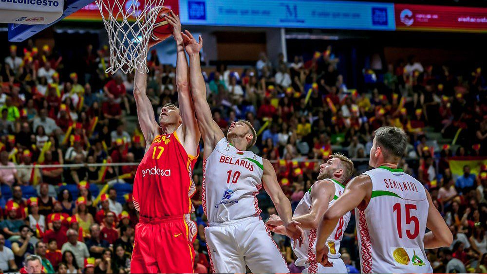 España arrolla a Bielorrusia con dos jugadores del Iberostar Tenerife y sigue invicta