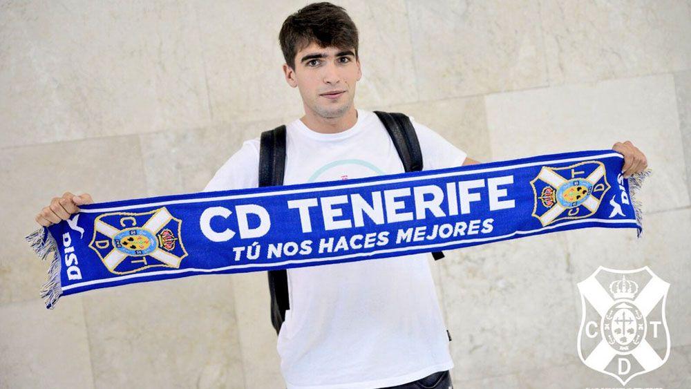 Undabarrena, el mejor del CD Tenerife ante el Cádiz CF para la afición