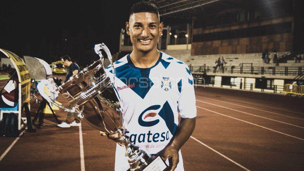El doblete de Acosta y el posible último gol de Malbasic con el CD Tenerife