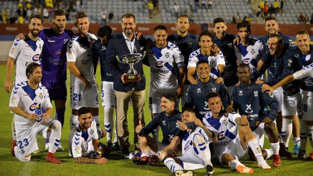 El CD Tenerife se adjudica la VII Copa Mahou